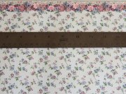 Dollhouse Wallpaper with Rose and Lavender Flowers with Border 2