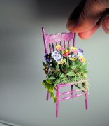 Pansy chair