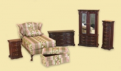 Ribbon Rose Bedroom Set by Bespaq