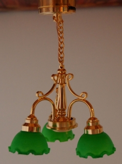 Old-Fashioned Green Shade Dollhouse Lamp