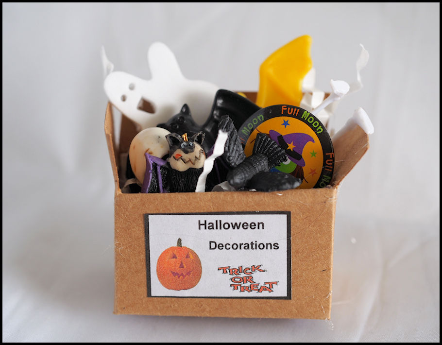 miniature halloween boxed decorations click to enlarge