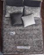 Dollhouse Bed Covers with Pillows-Double
