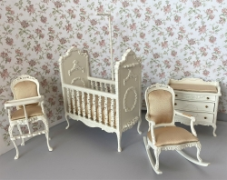 "Bespaq ""Sweet Wreath"" 4-PC Nursery Set in White"