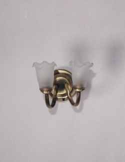 Antique Brass Frosted Tulip Sconce W10
