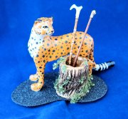Leopard with the umbrella/cane stand, canes included.