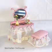 Dollhouse Miniature Dressing Table with Accessories