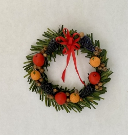 Holiday Wreath with Fruit Design
