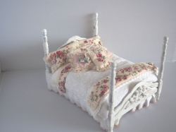 Shabby Chic Dollhouse Bed