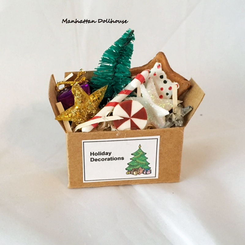 Christmas Dollhouse Decorations.Miniature Holiday Decoration Box 9 75 Manhattan