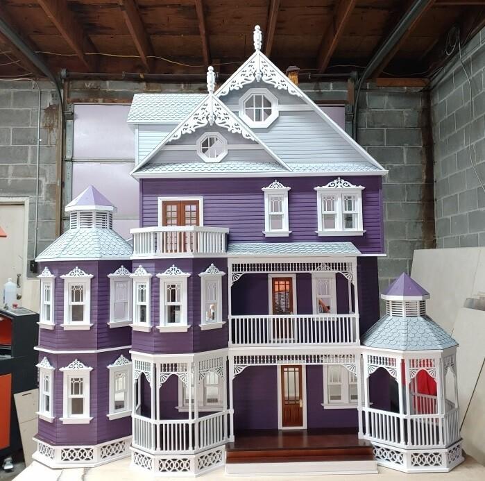 1:24 Scale Dollhouse Miniature Gable Trim